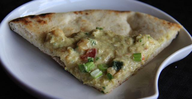 moes bistro pizza