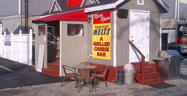 American Melts in Kenilworth. Grilled Cheese restaurant
