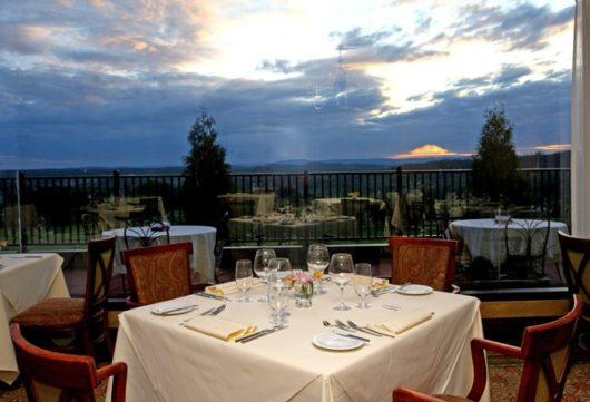 Restaurant Latour, Crystal Springs
