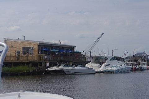 Motts Creek Inn, dock and dine Restaurants in New Jersey