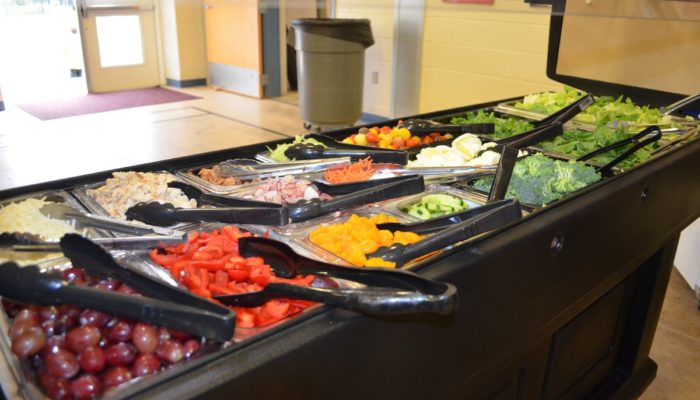 salad bar at NJ school