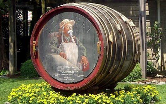 Renault Giant Wine Barrel