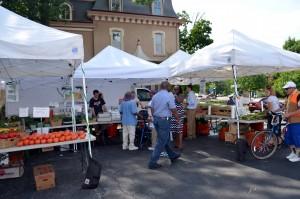 Greenwood Ave. farmers market, Trenton