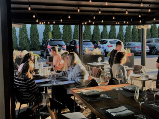terrace people dining at Albarino