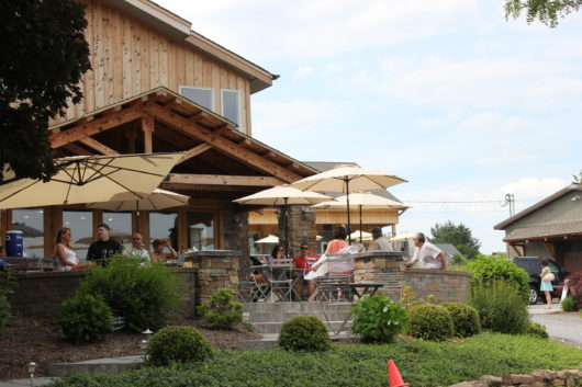 outside seating at a New Jersey winery