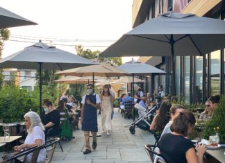 Outdoor dining at The Meeting House Princeton