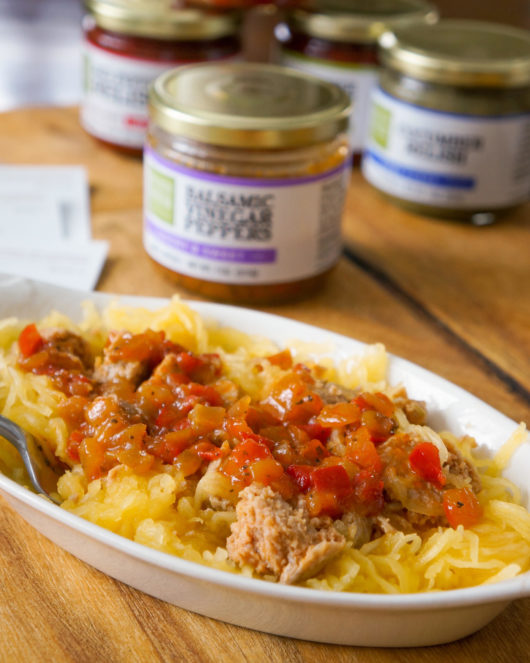 spaghetti squash with balsamic vinegar and peppers relish
