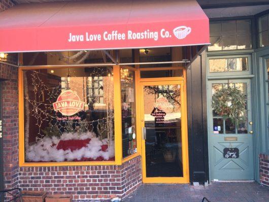 Main Entrance, Bellevue Avenue Cafe