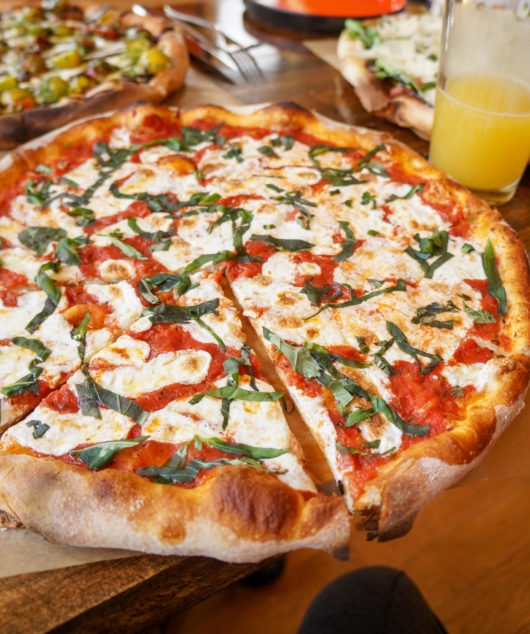The Margherita pizza at Tinos