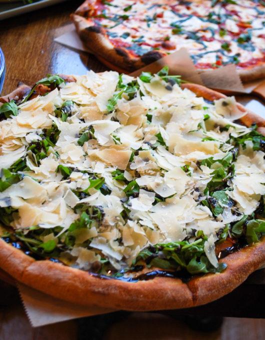 the Ruchetta pizza